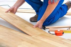 Как правильно стелить ламинат на стяжку и деревянный пол?