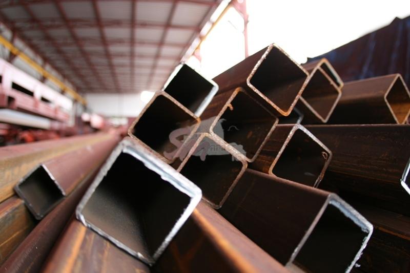 Труба профильная 80 x 40 x 2,8 мм