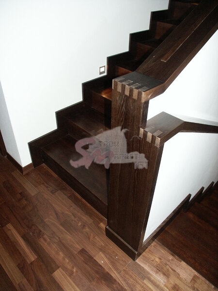 Лестница №8 (Обшивка бетонного каркаса, дуб)